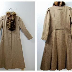 Jackets & Blazers - Vng Edwardian Style Wool & Fur Maxi Coat With Tag